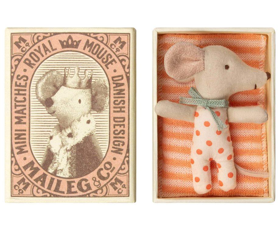 MAILEG Bébé souris dans sa boîte d'allumettes, taille micro
