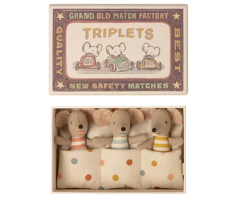 Souris triplés maileg dans boîte d'allumettes